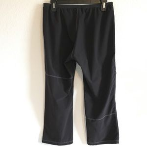 hind black athletic crops small